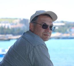 Олег Сурьянинов