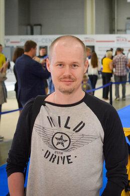 Денис Белов