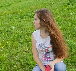 Яна Ахриненко