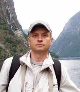 Олег Пученков