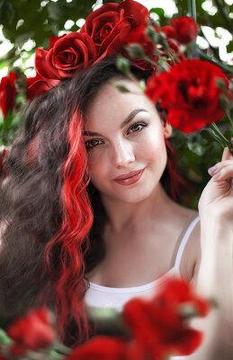 Вилена Романова