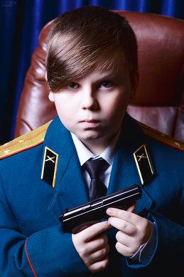 Александр Лавров