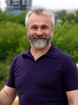 Анатолий Фирстов