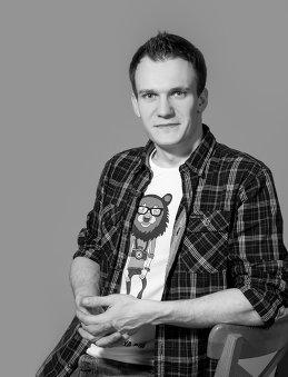 Илья Медведев