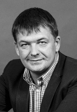 Владислав Назаренко