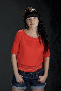 Анна Исенева