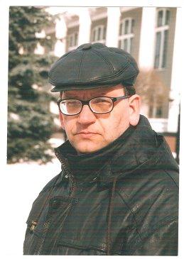 Леонид Мельник