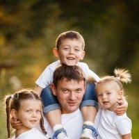 Отец троих детей :: ольга кочетова