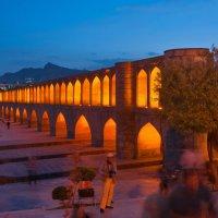 Мост Си-о-се поль в Исфахане. Иран. :: Ирина Токарева