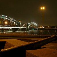 Санкт-Петербург, у Большеохтинского моста :: максим лыков
