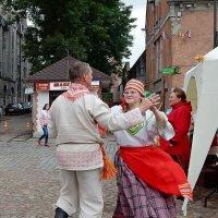 Нечаянный танец :: Елена Гуляева (mashagulena)