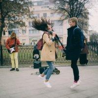 Танцевать везде :: Кирилл Гудков