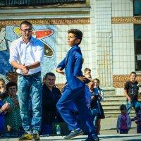 Татарский танец :: Наталья Узунова