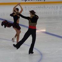 танцы на льду :: Олег Кручинин