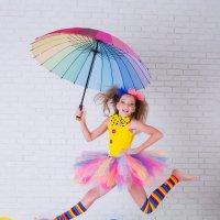 Клоун любит танцы!) :: Ольга Егорова