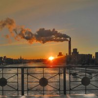 Зимний вечер на Москве-реке :: Мария -LaMari