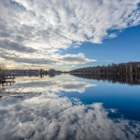 Облака в воде :: Борис Устюжанин