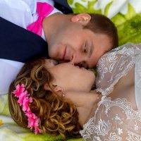 день любви и счастья :: Оксана
