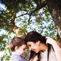Мать и сын :: Юлия Чаплыгина