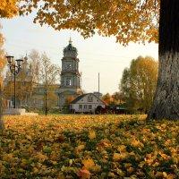 Осень в городе. :: Сергей