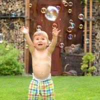 Волшебные мыльные пузыри :: Nina sofronova