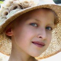В бабушкиной шляпе :: Наталья Ильина