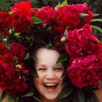 счастье с пионами :: Екатерина Иванова