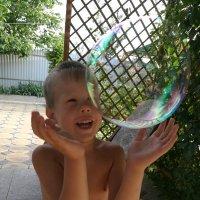 Мыльные пузыри :: Татьяна