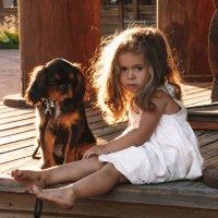 Девочка с собачкой :: Жанна Киселева