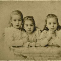 Три сестры (мои московские дальние родственницы) :: Андрей Вестмит