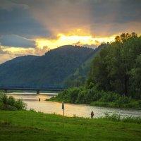 Рыбаки на закате дня :: Игорь