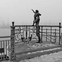 В тумане скрылась милая Одесса :: Юрий Тихонов