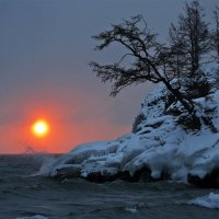 Штормовой восход :: Татьяна Дубровина