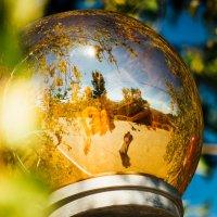 Осень в магическом шаре :: Александр