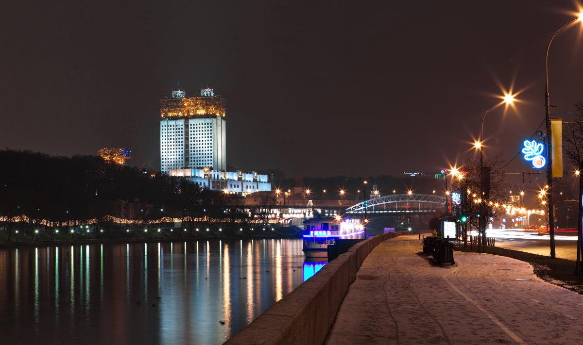 http://s3.fotokto.ru/photo/full/103/1036017.jpg