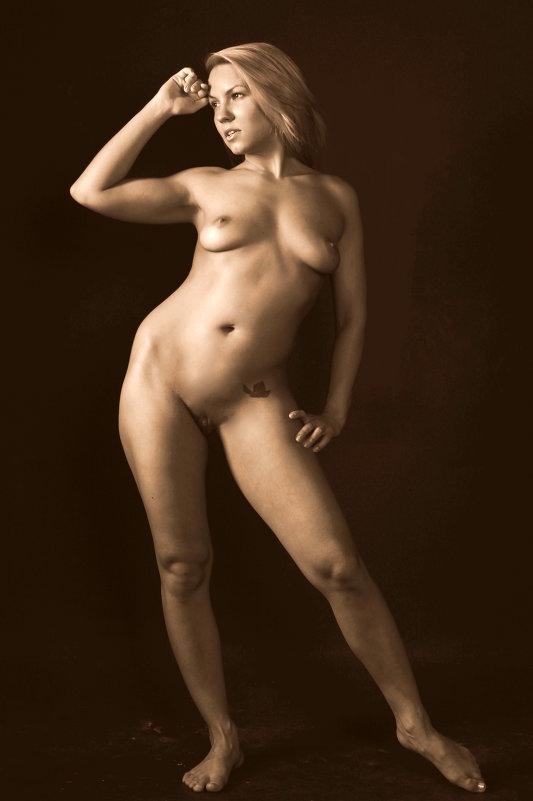 фото ню худенькая девушка