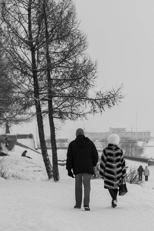 Черно-белый город - Надежда Мартюшева