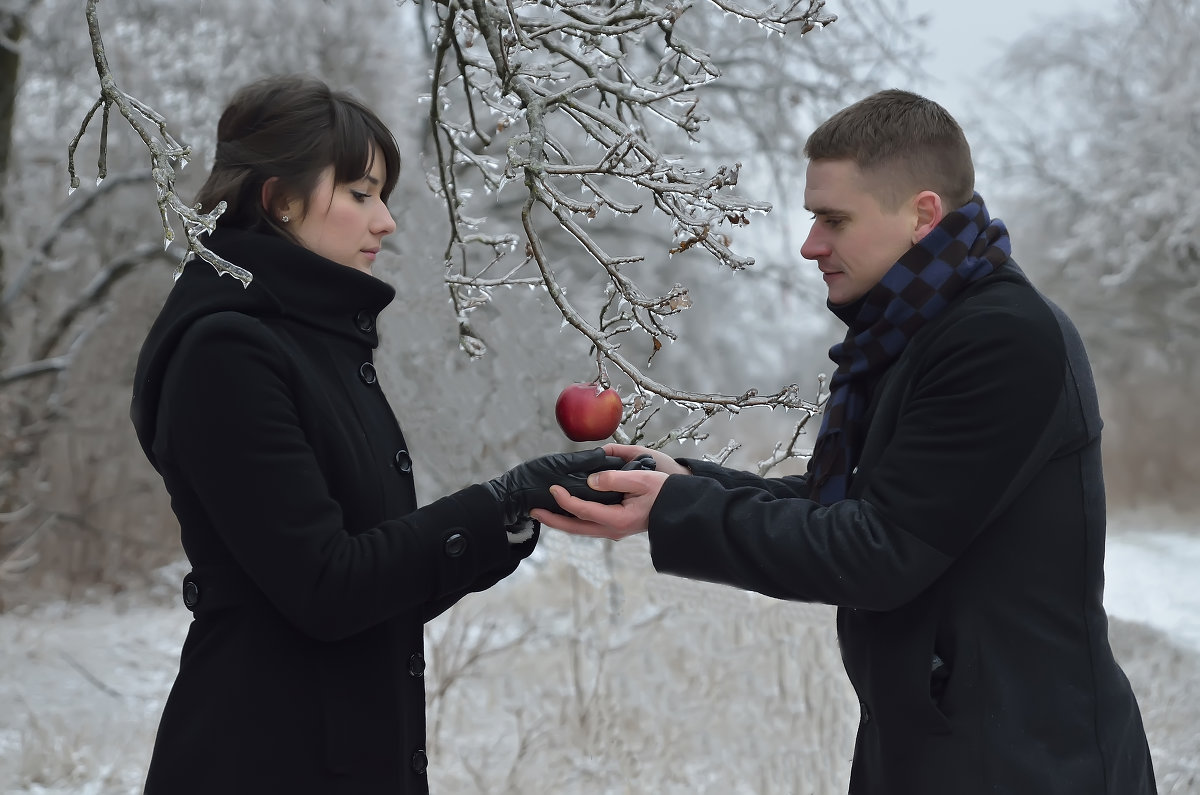 То самое яблоко - Руслан Чустрак