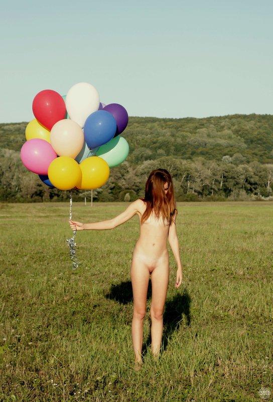 Фото голых девушек песочница 16889 фотография