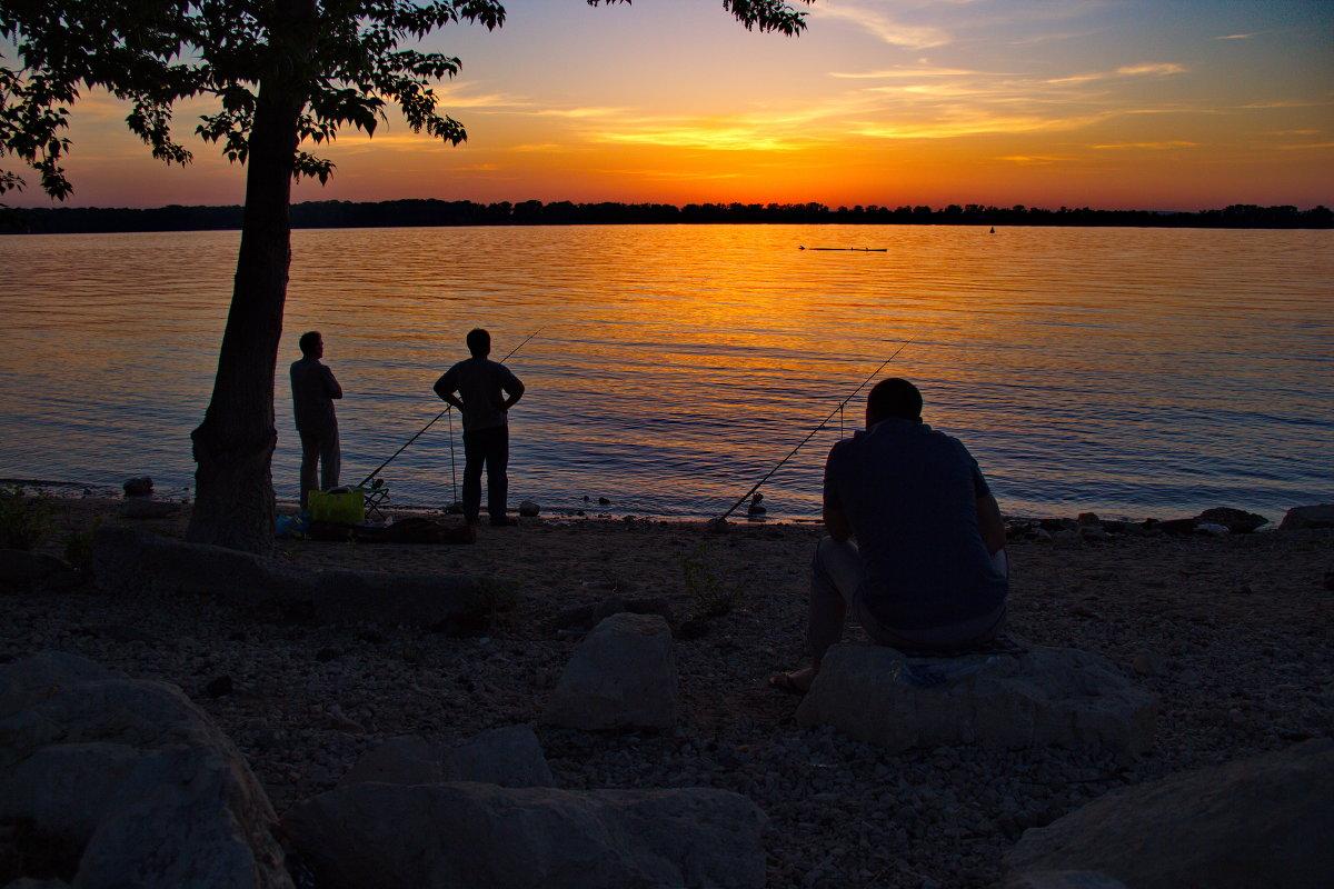 рыбалка на набережной самара