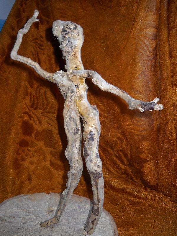 Лесная скльптура - Arusia Davrisheva