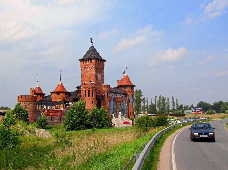 Замок Нессельбег - Сергей Карачин