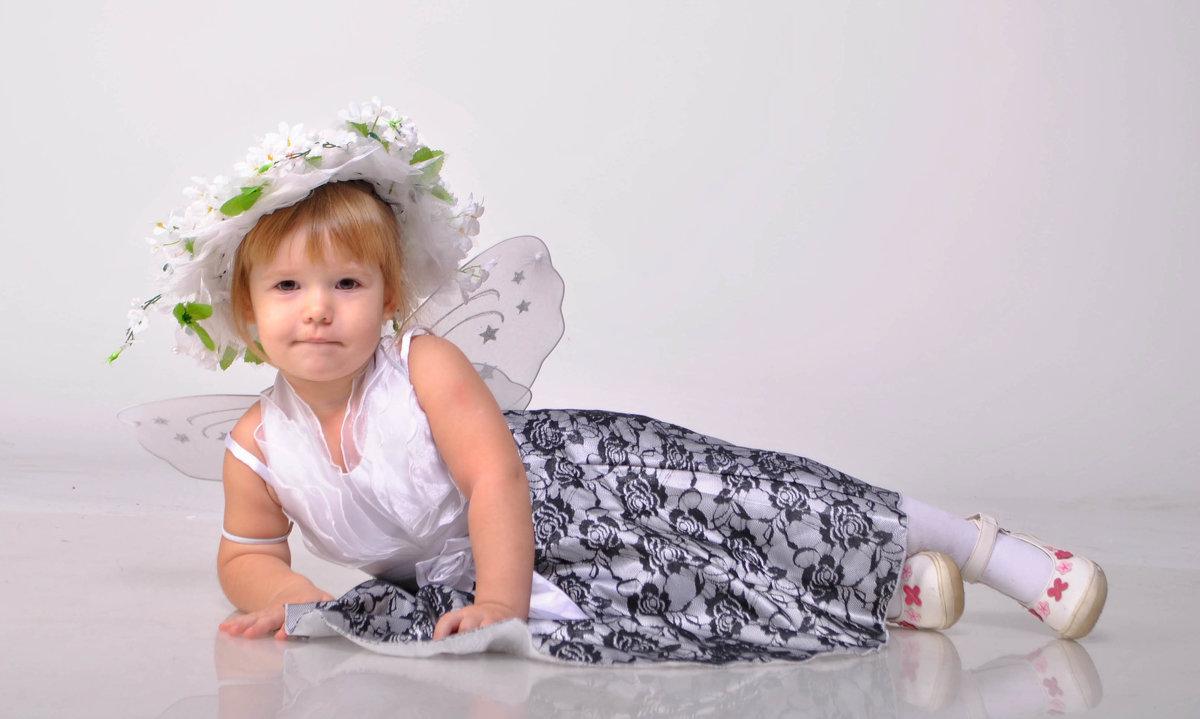 Маленькая фея - Вячеслав Николаев
