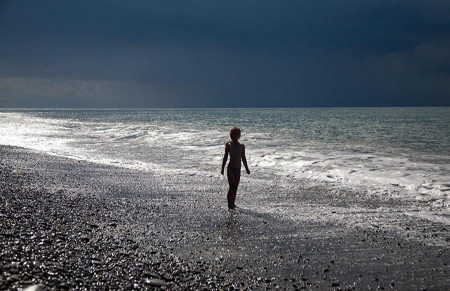 Девочка и море - Alexander Varykhanov