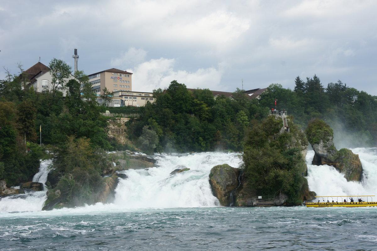 Рейнфол самый большой водопад в Европе - Елена Павлова (Смолова)