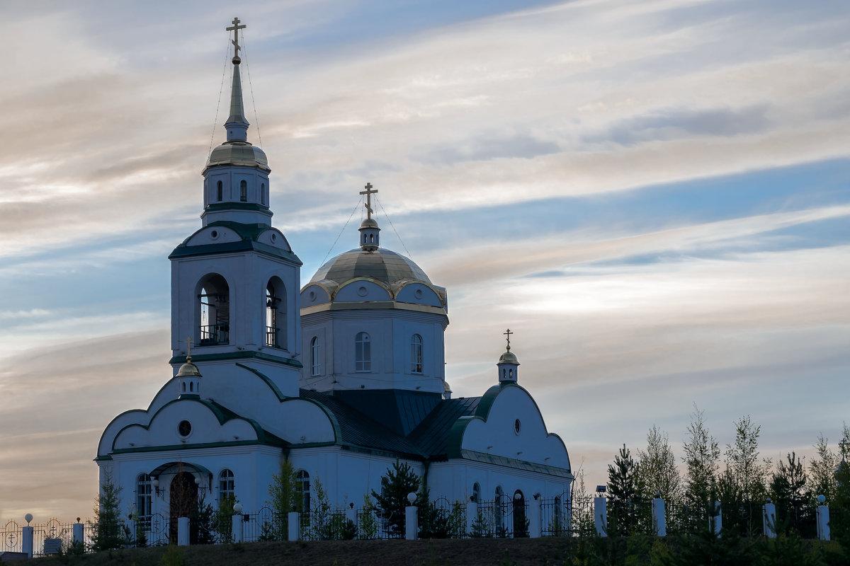 Церквушка - Леонид Кормушкин