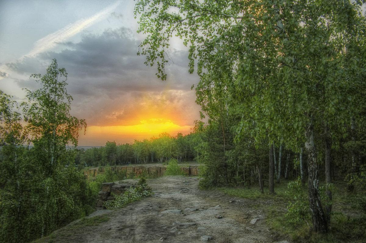 Дорогами заката - Олег Сонин
