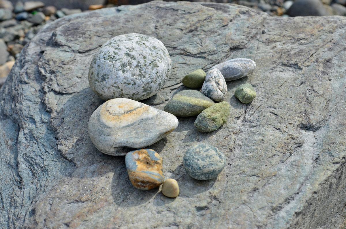 Подборка камней - Never Forever