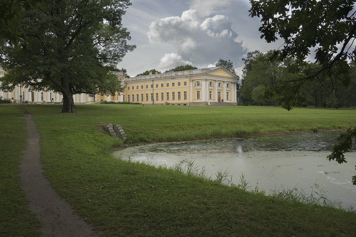 Александровский дворец. - Anton Lavrentiev