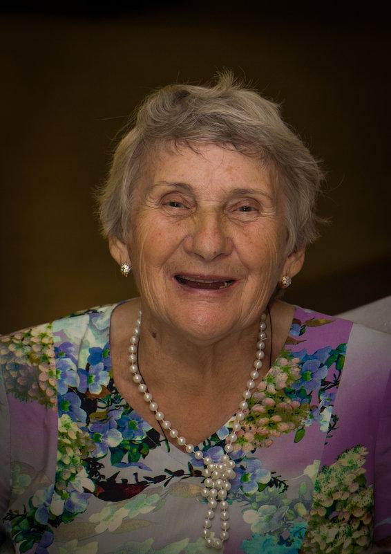 Веселая бабушка - Михаил Бродский